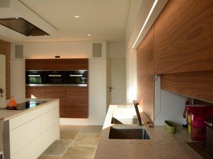 Villa met warm en modern interieur